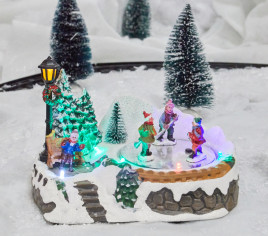 Village lumineux  - Enfants qui jouent au hockey